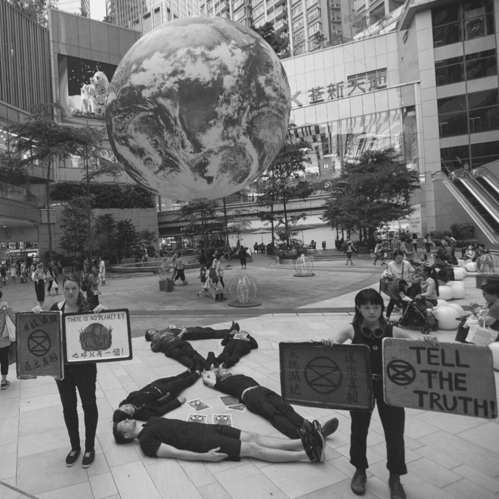 Militants extinction rebellion hong kong