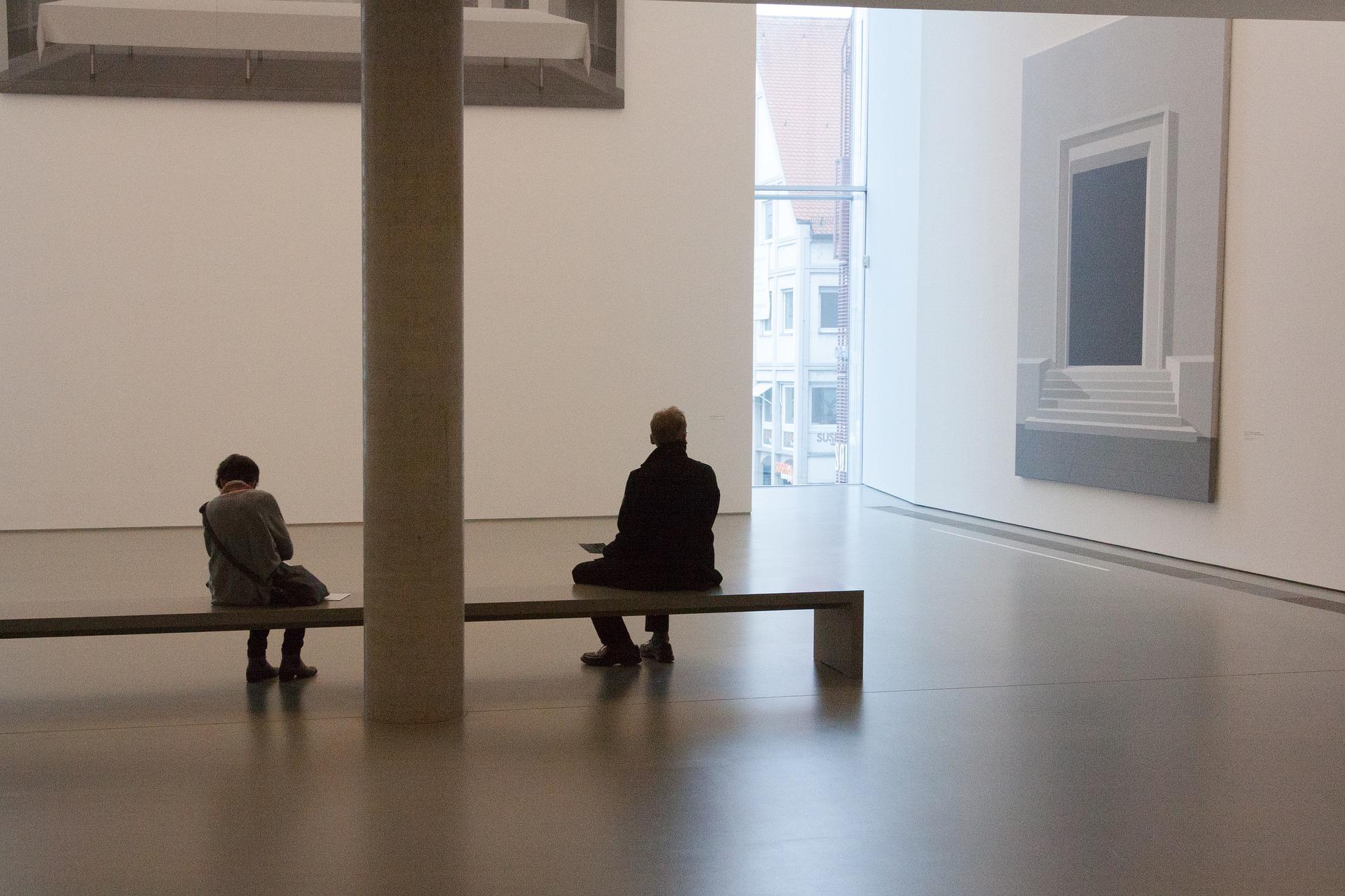 Stage dans une galerie d'art à Paris